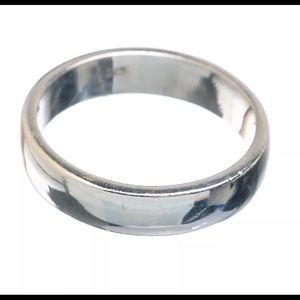 🆕 NWOT Women's 925 Sterling Silver Ring Size 9